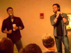 [video] J2 Breakfast Panel   ...They turned the spotlights on after the guys got on stage.  And the light above Jensen wasn't  pointed at him.  So he basically stood there in a dark spot the entire panel.  Ridiculous.  But still, absolutely beautiful.  They were sweet, happy, and relaxed...just so much fun to be in the same room with.  #ChiCon2013