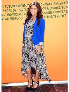 We just love mom-to-be Vanessa Lachey's bright blue jacket and print dress. Check her out, plus our look for less.