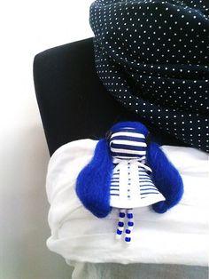 maramanufaktura / brošňa mini MARA námornícka/modro-biela/