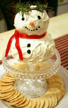 Snowman cheese ball...will def be making this for Christmas!