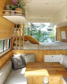 Check out this amazing build from three_vanlifers. them on for more images.If you need any help with designs, ideas or even the full build of your custom camper get in touch. We can build a camper to your requirements. Van Conversion Interior, Camper Van Conversion Diy, Build A Camper, Self Build Campervan, Converted Vans, Custom Campers, Custom Camper Vans, Rv Campers, Kombi Home