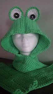 Ravelry: Feeling Froggy Scoody pattern by Raechel Mayfield