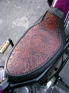 ~Tooled Leather Seat w Stitches