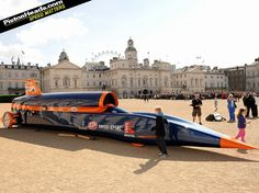 BLOODHOUND SSC - target 1000 mph - these guys are serious!
