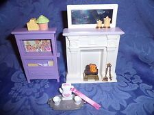 loving family dollhouse-- this would be perfect!