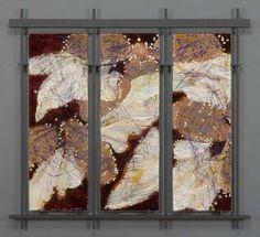 Website for the kiln-formed glass art of Roger V Thomas