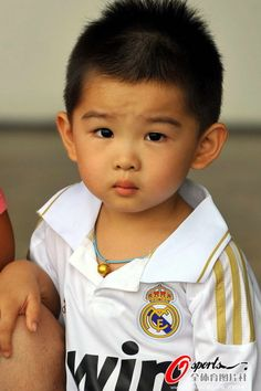 Young Real Madrid supporter