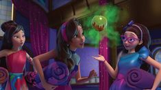 This page is an image gallery for Princess Audrey. Audrey among the cheerleaders Descendants Wicked World, Disney Descendants, Gravity Falls, The Night Is Young, Isle Of The Lost, Disney University, Guy Talk, Princess Theme, Movies