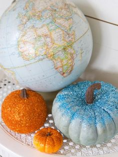 How to Make Glittered Pumpkins