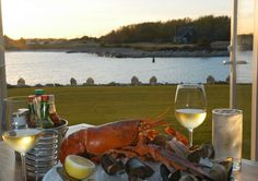 Stripers Waterside Restaurant At The Breakwater Inn Spa With Freshest Seafood Is Known As One Of Best Restaurants In Kennebunkport Maine