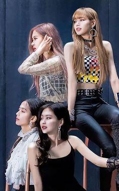 Blackpink in your area😉 Kim Jennie, South Korean Girls, Korean Girl Groups, Blackpink Youtube, My Girl, Cool Girl, Tumbrl Girls, Mode Kpop, Lisa Blackpink Wallpaper