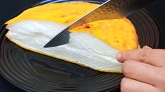 Con un solo ingrediente ..‼ ️ Ricetta di uova / frittata giapponese 🥚 Crockpot Recipes, Cooking Recipes, Dessert Sans Gluten, Good Food, Yummy Food, Tasty Chocolate Cake, Egg Recipes For Breakfast, Easy Cake Decorating, Homemade Desserts