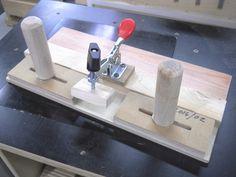 Small Parts Routing Jig / Gabarit pour toupillage de petites pièces                                                                                                                                                                                 Plus