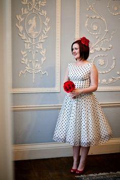 10b - A Winter Wedding with a Polka Dot Wedding Dress