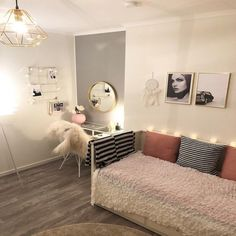14 Trendy Bedroom Design and Decor Ideas for Your Next Makeover - The Trending House Room Ideas Bedroom, Girl Bedroom Designs, Teen Room Decor, Small Room Bedroom, Home Bedroom, Bedroom Decor, Girls Bedroom, Teen Bedrooms, Bed Designs