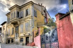 An HDR photo of an old house, Xanthi Greece 3 raw photos edit with photomatrix and photoshop. Places In Greece, Raw Photo, Into The West, Macedonia, Architecture, Santorini, Old Town, Beautiful Places, Scenery