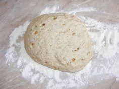 Aluat de cornulete Bread, Food, Brot, Essen, Baking, Meals, Breads, Buns, Yemek