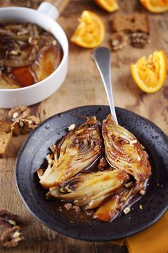 Braised endives with orange and gingerbread - chefNini - Trend Diy Kitchen 2019 Side Dishes For Chicken, Dinner Side Dishes, Clean Eating Recipes, Healthy Dinner Recipes, Vegetarian Recipes, Vegetable Side Dishes, Vegetable Recipes, Side Recipes, Beef Recipes