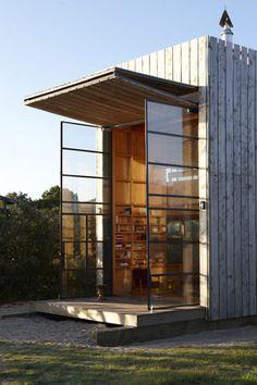 This New Zealand bach (hut) on sleds just won an architecture Oscar! http://www.stuff.co.nz/life-style/home-property/10034599/Hut-on-sleds-earns-architecture-Oscar