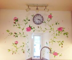 Experienced mural artist based in Cheshire, hand painting wall murals for homes, schools and businesses across the UK. Mural painter for children's and modern wall art. Chill Out Room, Hand Painted Walls, Kids Decor, Home Decor, Mural Painting, Modern Wall Art, Wall Murals, Traditional, Rose
