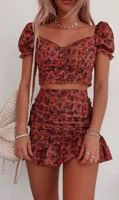 Cute Summer Outfits, Girly Outfits, Cute Casual Outfits, Casual Dresses, Trend Fashion, Look Fashion, Fashion Outfits, Look Kim Kardashian, Basic Outfits
