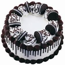 The best cake available in vizag. Send butterscotch ice cream cake anytime to your loved ones at Visakhapatnam. Beautiful and tasty cake to www.vizagfood.com. And also available eggless cake.