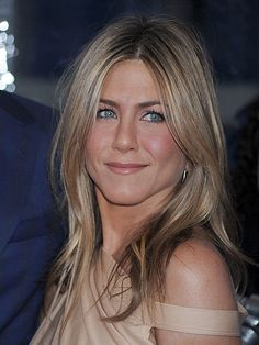 Jennifer aniston is the new face of aveeno skincare skin care