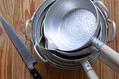 【料理上手の台所 vol.30】長く使える道具の条件。荒木典子さん愛用の調理器具たち Cooking Tools, Dining Room Design, Kitchen Knives, Kitchen Dining, Design Inspiration, Knife Art, Recipes, Food, Life