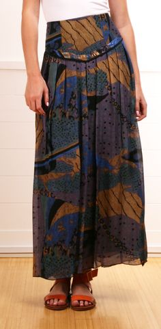 OF TWO MINDS SKIRT @Michelle Flynn Flynn Coleman-HERS