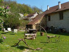 Maison d'hôtes La Bicyclette Fleurie - 38460 Villemoirieu