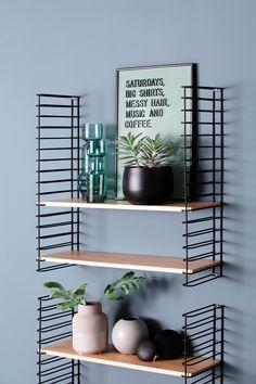 Artikkel trendy budsjettkupp til gangen Coffee Shop Design, Woodworking Projects, Architecture Design, Loft, Shelves, Bedroom, Wardrobes, Exterior Design, Inspiration