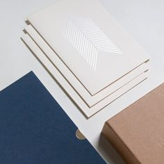 White on white  This week receive an extra stocking-filler with every purchase (you can always just keep it for yourself of course ; ) #stockingfiller #surprise #funpost #christmasmail #2017 #diary #planner #journal #notebook #festive #scandi #scandichristmas #flatlay #grid #thingsorganisedneatly #greetingscards #freegift #luxurygifts #forthestudy #workspaceinspiration #stationery #somethingforme #whiteonwhite #minimalstationery #2017diary #mattgold #whitegold #details #chicgifts…