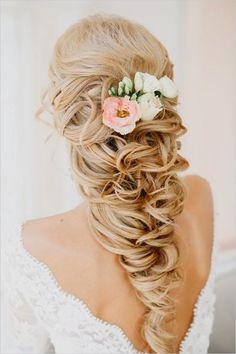 Glamorous wedding hairstyle.