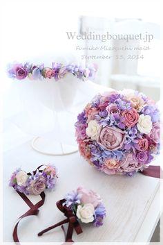 代替のお花で、同じ雰囲気のブーケを作ります|シルクフラワー(造花)のウェディングブーケのデザインと選び方 Blue Purple Wedding, Purple Wedding Bouquets, Purple Party, Wedding Flowers, Blue Flowers, Beautiful Flowers, Purple Accessories, How To Preserve Flowers, Dried Flowers