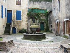 Rue de la Fontaine,  Montlucon, Allier, Auvergne, France
