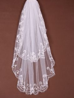 2 Layer Waltz With Embroidery Wedding Veil  $18.99 http://paradiseinternetmall.net/WOMEN_S_FASHIONS.html