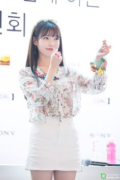 IU at Sony Fansign cr.as tagged Korean Beauty, Asian Beauty, Asian Woman, Asian Girl, Oppa Gangnam Style, Korean Celebrities, Pop Fashion, Japanese Girl, Kpop Girls