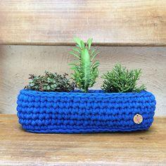 Crochê+ +Mini+jardineira+3+vasos+-+ManüMonuMei