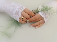 Wedding Gloves, White Wedding Delicate Sheer White Stars and Mesh Lace Fingerless Gloves Arm Warmers, wedding, bridal, Free Ship