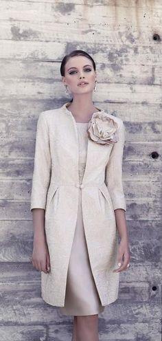 SALE Mother of Bride Formal Wedding Races Carla Ruiz Coat/Dress, Champagne, Mom Dress, Dress Skirt, Dress Up, Look Fashion, Fashion Beauty, Wedding Party Dresses, Formal Wedding, Mode Inspiration, Classy Outfits