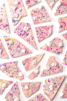 Chocolate Sugar Cookies, Chocolate Bark, Homemade Chocolate, Chocolate Desserts, Chocolate Covered Treats, Candy Bark, Custom Chocolate, Chocolate Dreams, Rainbow Food