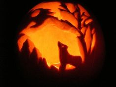 pumpkin carving of a wolf howling at the moon - 40 Wolf Pumpkin Template Achievable