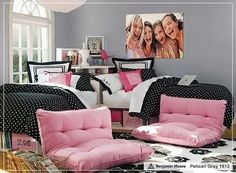 Great room ideas for teenage girls using twin beds,Teen bedroom with two twin beds,Interior design two twin beds,Teenage twin girl room ideas,Decoration ideas for a two twin beds picture Girls Bedroom, Twin Girl Bedrooms, Dream Bedroom, Girl Room, Bedroom Decor, Bedroom Ideas, Twin Room, Shared Bedrooms, Bedroom Colors