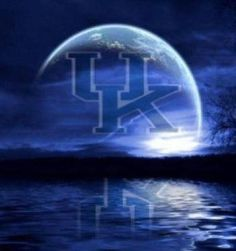Blue moon of Kentucky keep on shining on the WILDCATS! Kentucky College Basketball, Uk Wildcats Basketball, Kentucky Sports, Kentucky Girls, Men's Basketball, Football, University Of Kentucky, Kentucky Wildcats, Go Big Blue