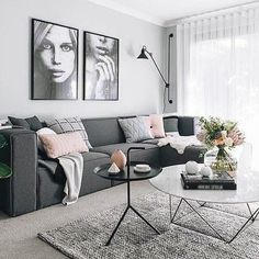 scandi syle living room idea with gray sofa living room Small Apartment Living, Living Room Grey, Small Living Rooms, Living Room Sofa, Living Room Interior, Charcoal Sofa Living Room, Cozy Apartment, Charcoal Couch, Apartment Design