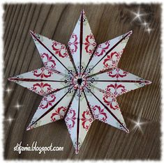 I once again found a folding instruction for a star :) Christmas . Origami Diy, Origami And Quilling, Origami Butterfly, Origami Tutorial, Origami Paper, Polish Christmas, Christmas Love, Paper Ornaments, Christmas Ornaments
