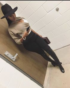 Ever Pretty Womens Elegant Neckline Evening - Now Outfits Black Girl Fashion, Look Fashion, Fashion Outfits, Womens Fashion, Fashion Trends, Fashion 2018, Outfits With Hats, Cute Casual Outfits, Stylish Outfits