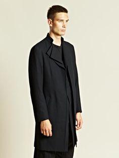 Yohji Yamamoto Men's Belted Coat. Design details