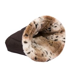 Luxury Pet Cave Dog / Cat Bed with Water Resistant Cordura and Faux Fur *** Check out this great product. (This is an Amazon affiliate link)