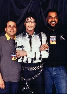 From left, Parnelli Hall of Fame honoree Mo Morrison with Michael Jackson and Benny Collins. Morrison, honored at the 2013 Parnellis, died April 7, 2014.